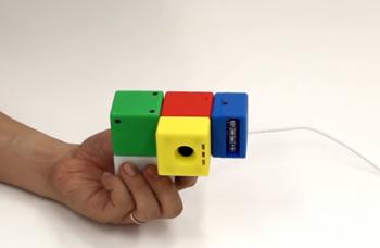 世界一ポップなおもちゃカメラ?いやいや、組み立て可能な「高性能特殊カメラ」なんです.png